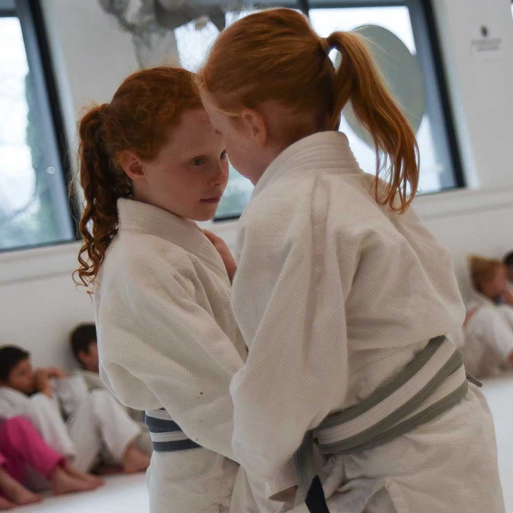 Southern Highlands Martial Arts - girls learning jiu jitsu